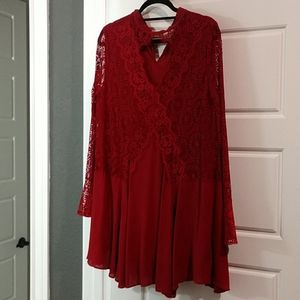 Lace maroon top / dress